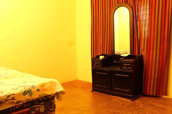 Sharmini's Home - Single Room
