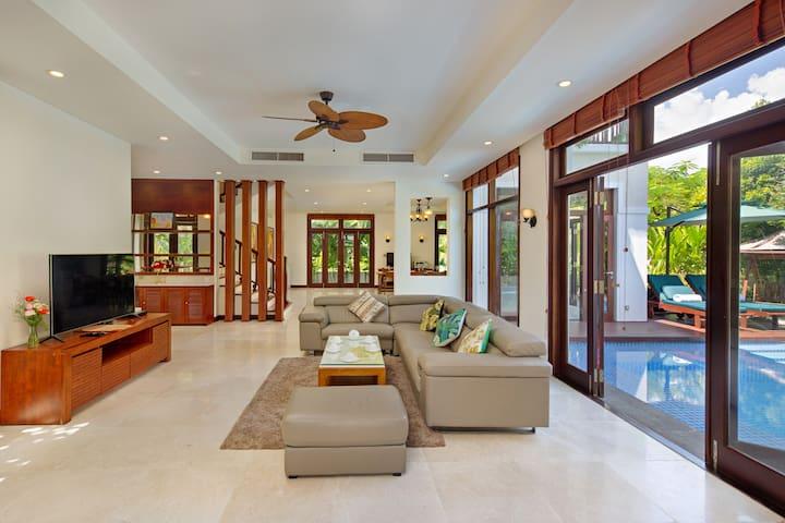 Furama Villa Resort 3 Bedrooms- Koceano Villa