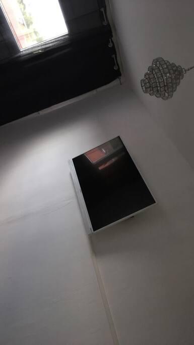 Télé de la chambre