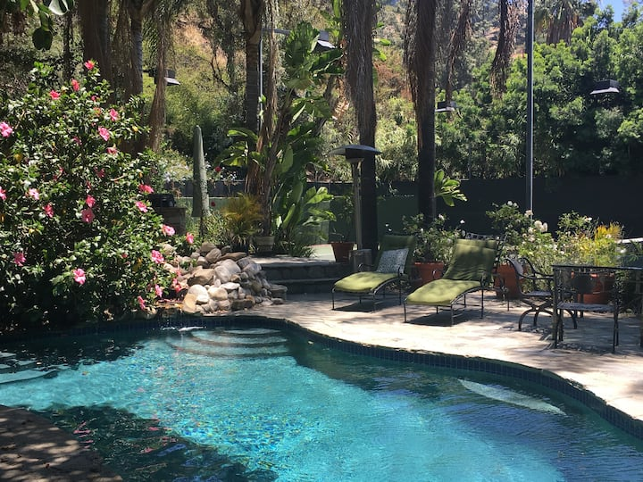 Private Oasis in Gated Laurel Canyon Tennis Resort