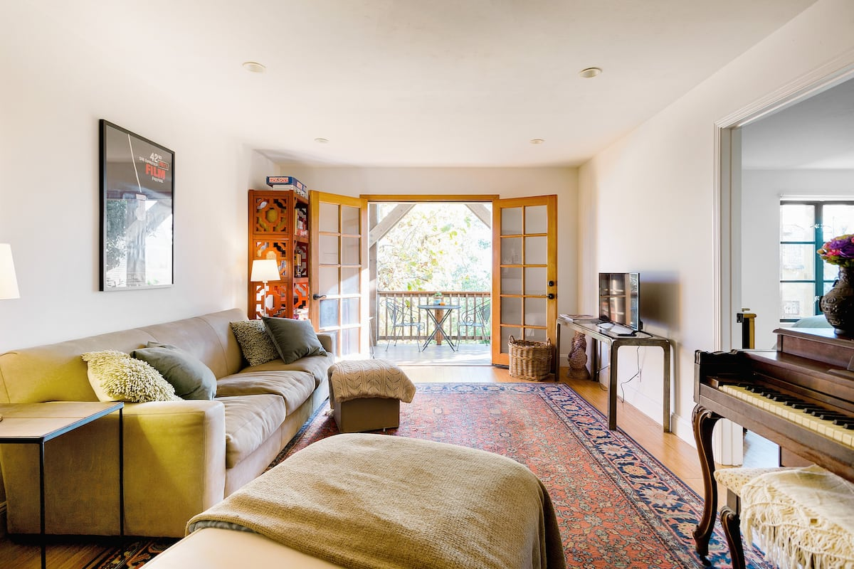 Experience Noe Valley from Stylish and Private House