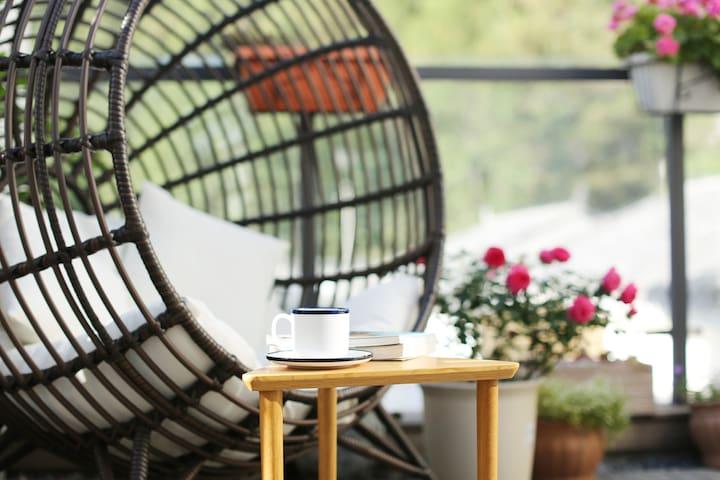 房源区域 - 可以在躺椅上静静的享受这一刻。