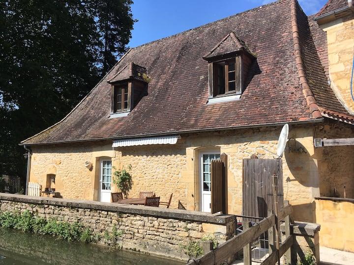Moulin aux Ans, gîte de charme l'Ecole (7 pers)