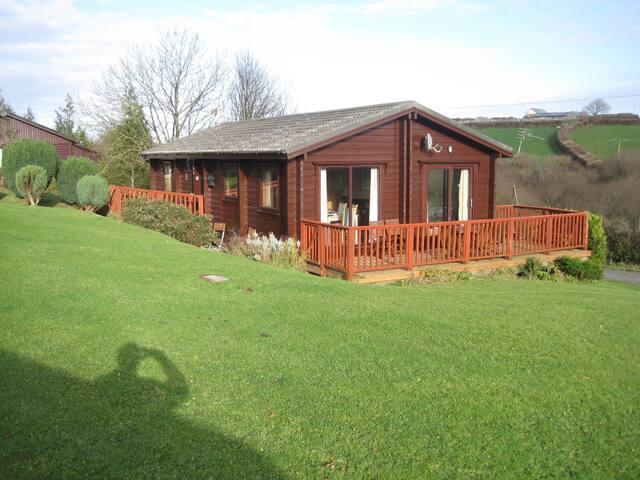 Swedish Style Lodge - Hartland Forest, Devon, UK. - Woolfardisworthy - Chalet