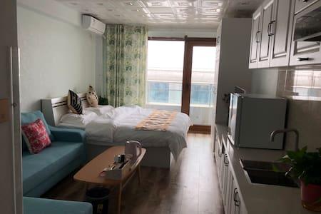 (柏林)白龟湖畔附近观湖精装公寓1002室