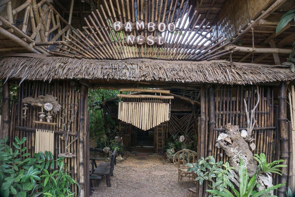 Bamboo Nest Signage