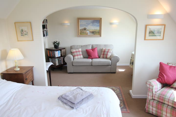 Sofabed and suite