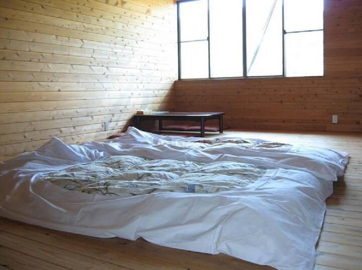 Western-style room 15 tatami matillary view