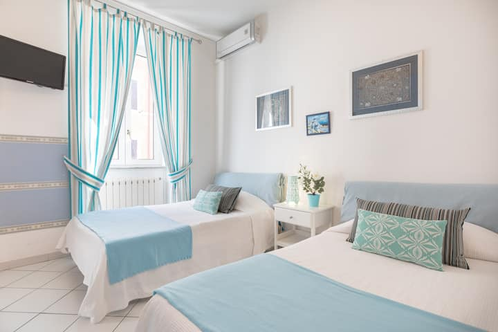 B&B Piazza Fratti - twin room Ortensia