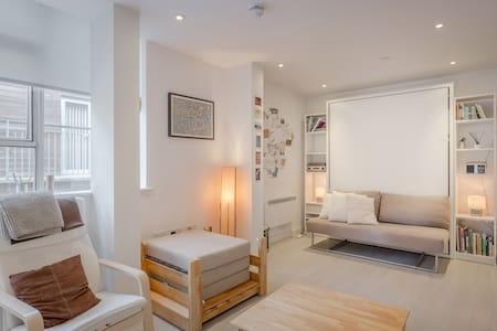 Bright & tranquil studio in the heart of St Albans