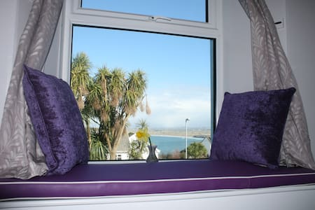 Bell Heather Double Room at Coast B&B - Carbis Bay - 家庭式旅館