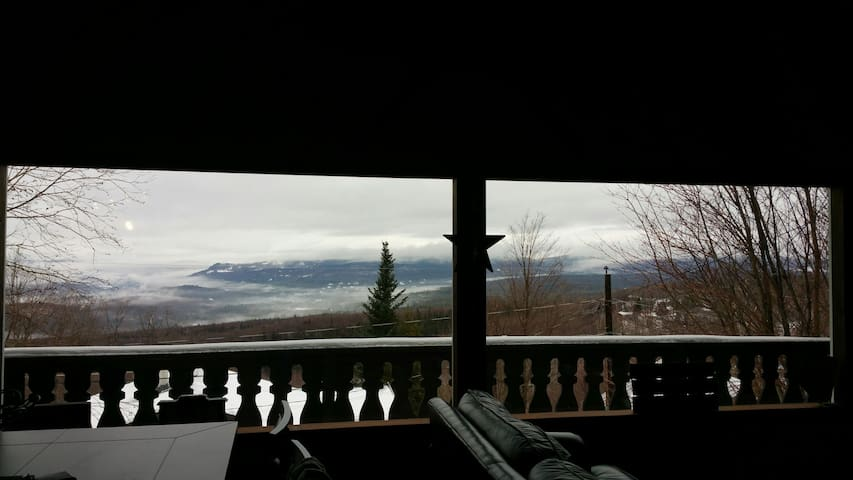 Amazing Chalet on Cannon Mountain. Great skiing!!! - Franconia - Hus