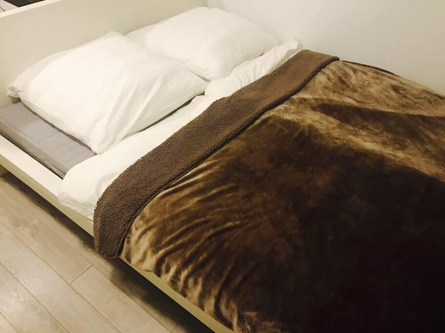 Ein kuscheliges Bett in Hotelqualität :)