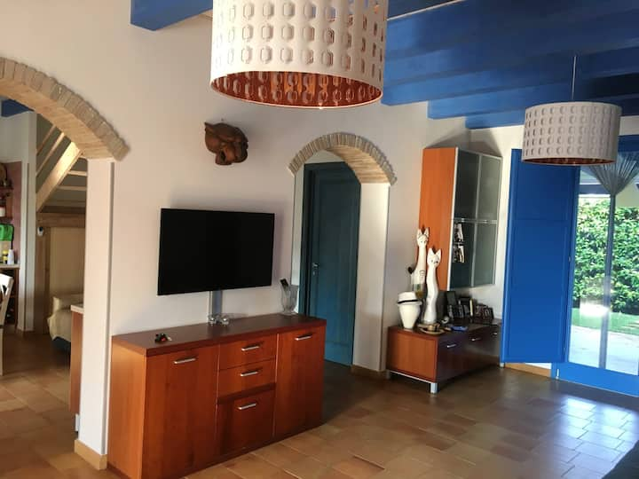Villa with 3 bedrooms in Marina di Ragusa, with enclosed garden - 600 m from the beach
