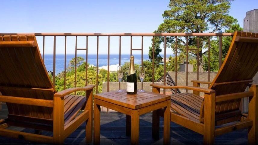 Oceanfront Luxury Villa Overlooking Big Sur Coast