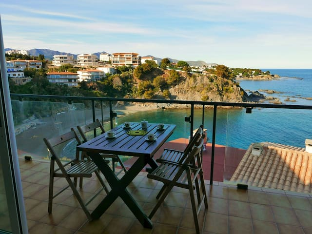 145 Apartment to rent sea views with a terrace
