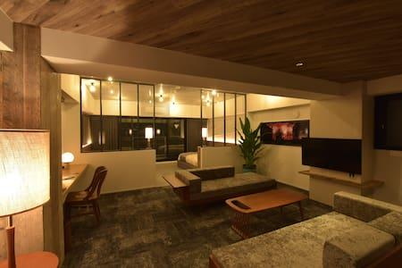 Executive Room | 奥神楽坂の新築ブティックホテル