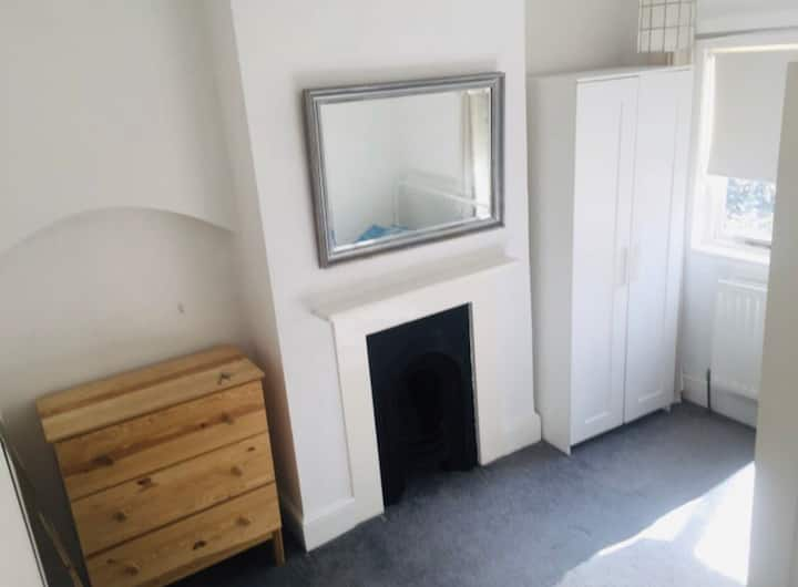 Double room in Lewisham/blackheath