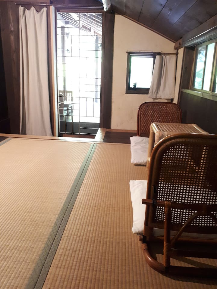 bedroom 3. have a private entrance from the deck or you can come in from bedroom 2.