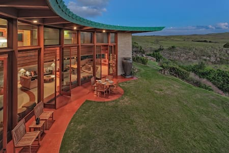 FLW - Frank Lloyd Wright 3 BR Home-A Memorable Vacation!
