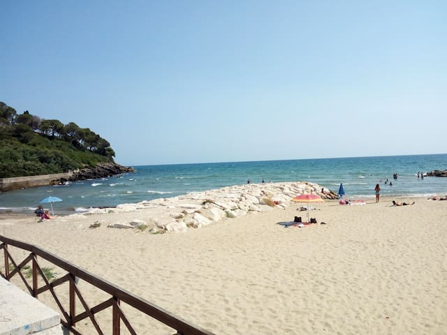 Apartment for 3-4 persons near the Sea