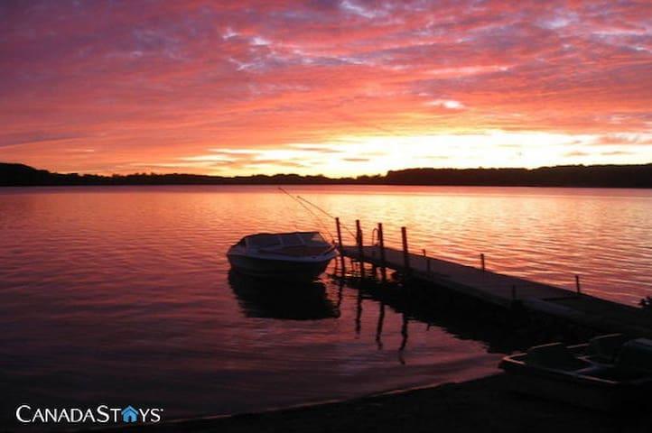 Sunset Getaway - Flesherton - Cabaña