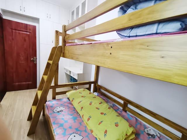 纯棉床褥、卡通图片,儿童乐园