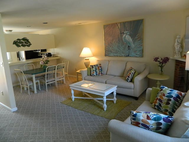 Beautifully 3 BR Townhome - Bethany Beach - House