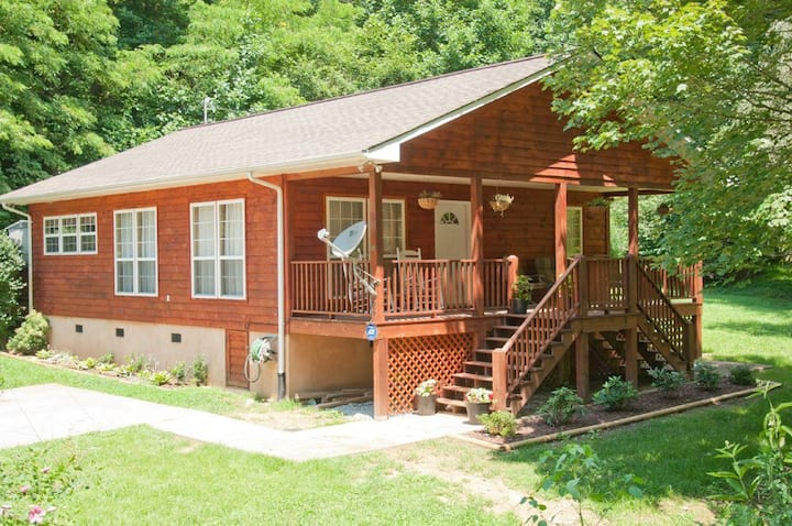 Babbling Branch-2mi to Town/Deep Creek/Easy Access