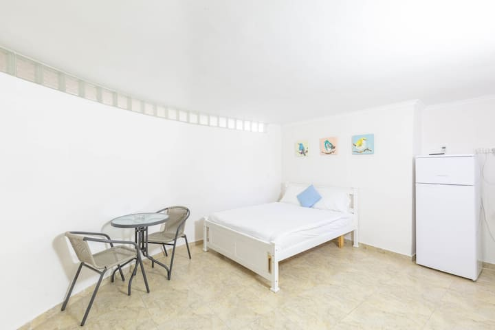 Oasis Aparthotel 02