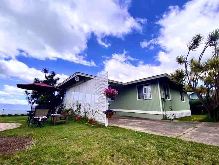 Bright & Clean Kula Cottage, 6+ month Rental