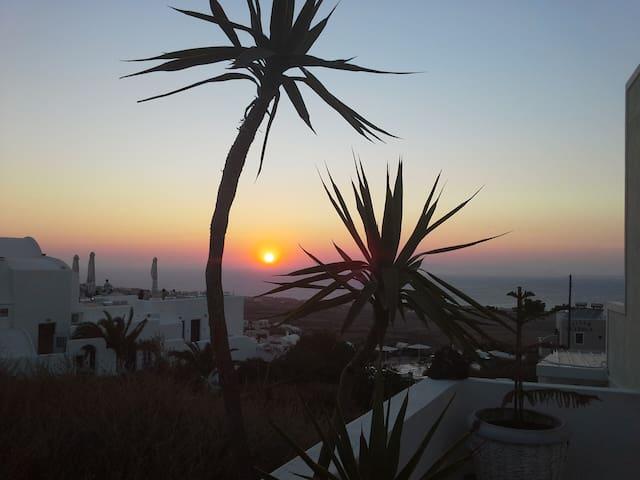 Kiklamino Studio with Sunset and Sea View!!! - Finikia - Departamento
