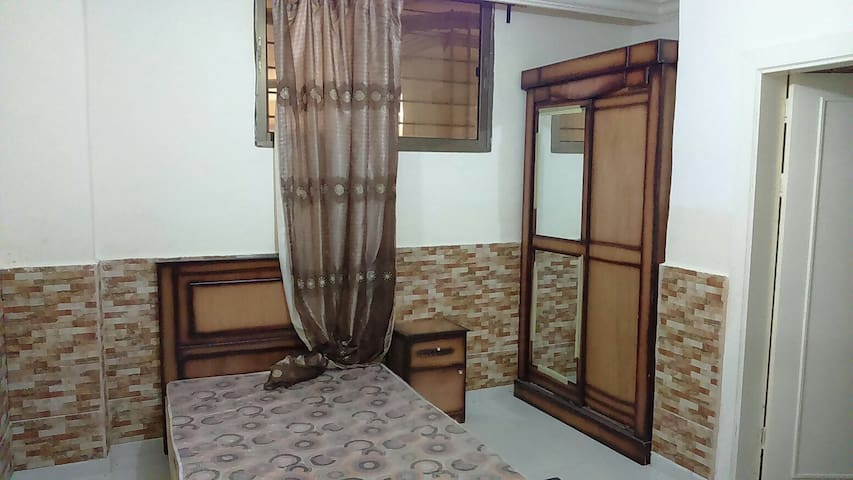Cozy 2bd & 3wc near the airport rd - Amman  - Daire
