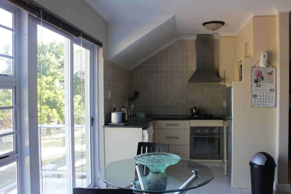 Milas place affordable luxury bed breakfasts for for Affordable kitchens cape town