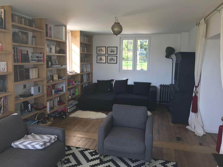 Salon-bibliothèque