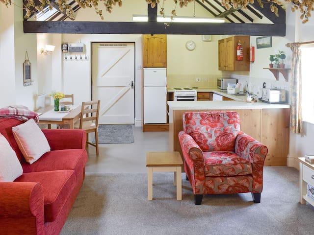 Willow Cottage - UK2461 (UK2461)