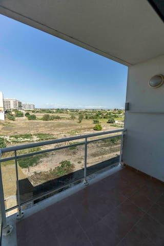 apartamento con terraza muy céntrico