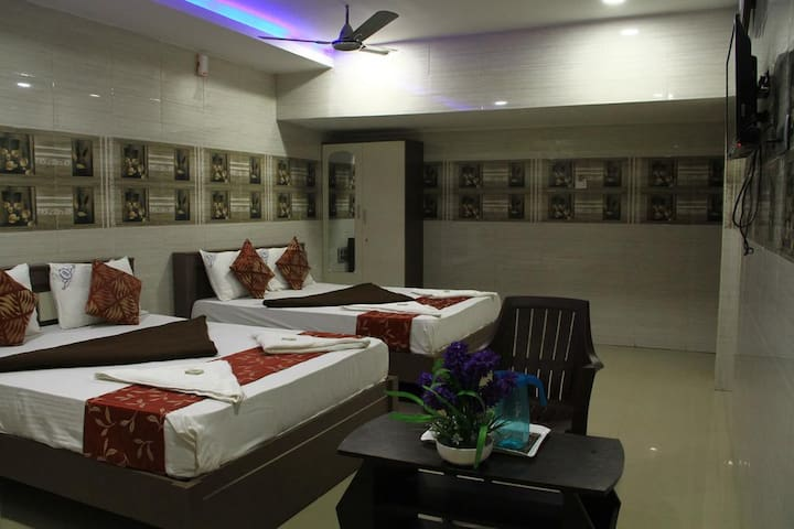 Well Atmosphere Room Stay Proximity to Sea shore