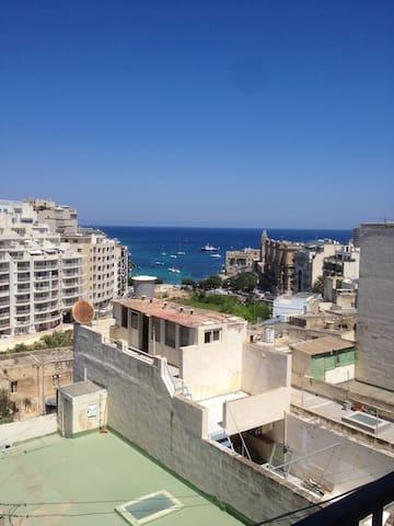 St Julian's Apartments - Flat 5B Stunning sea view - Tas-Sliema