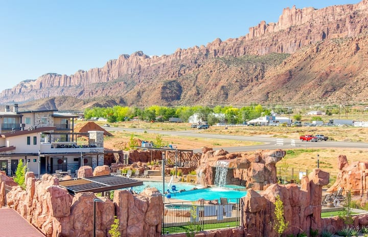 Sage Creek C12 in Moab with Scenic Community Pool