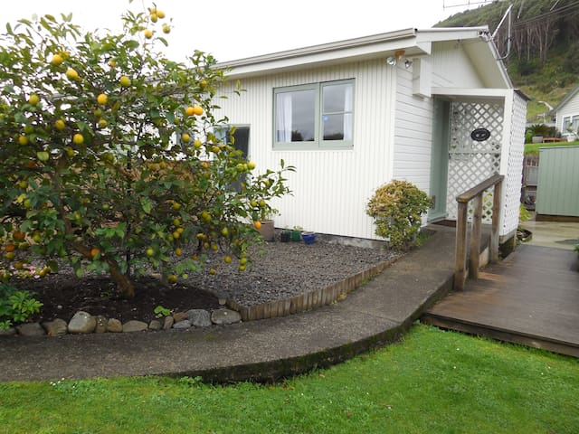 Privacy, peace and comfort in Wonderful Waikanae