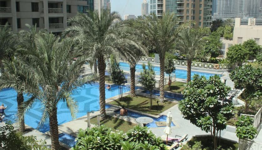 Downtown Dubai, 1 bedroom and extra sofa bed - Dubai - Flat