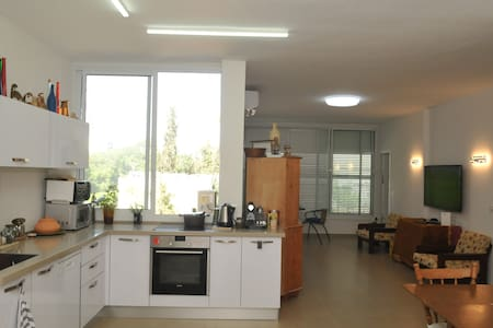 Lovely light filled apartment in Rehovot.