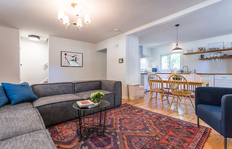 Newly Remodeled 3-BEDROOM HOME!