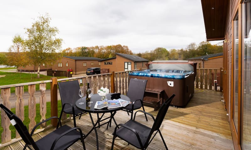 Driftwood Lodge - South Lakeland Leisure Village