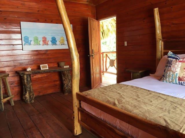 Bed, Breakfast, Pool & Beach in Paraiso