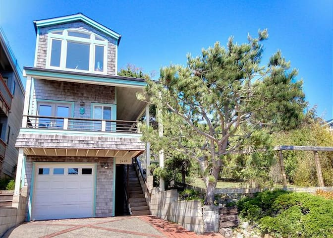The Crow's Nest - Cambria - House
