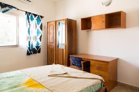 TEDUGAL Guest Houses/Room 13 - Banjul