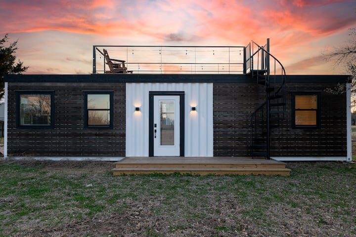 """The Live Oak"" Tiny Container home near Magnolia"