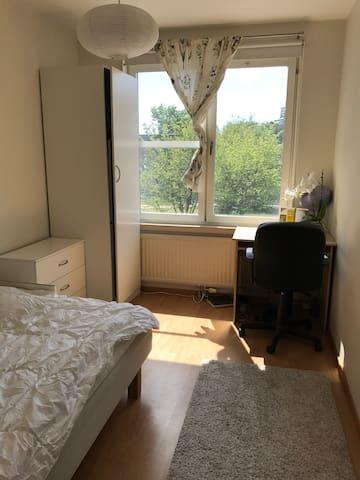 A nice cozy apartment close to city Centre